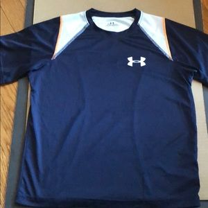 Under Armour Shirts & Tops - Under Armour shirt
